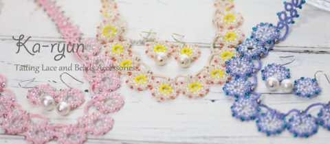 花飾りのネックレス&ピアス 販売始まってます(^^;)